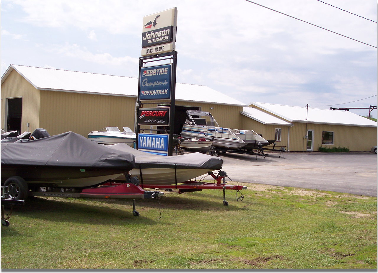 Bob's Marine in Bellevue, IA | Shop & Showroom @ Bob's Marine in Bellevue, Iowa